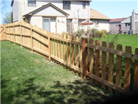 Fence Gallery Photo - Transitioning from 6' down to 4'.jpg